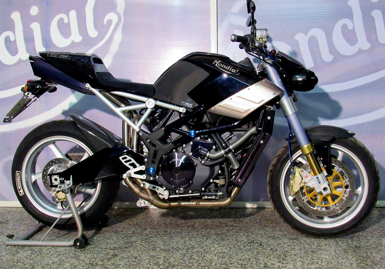 Umgebautes Motorrad FB Mondial RZ Starfighter von tombulli